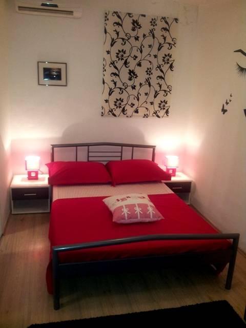 Studio Apartman Dama, Split, Croatia, Giường mát & Bữa ăn sáng và khách sạn trong Split