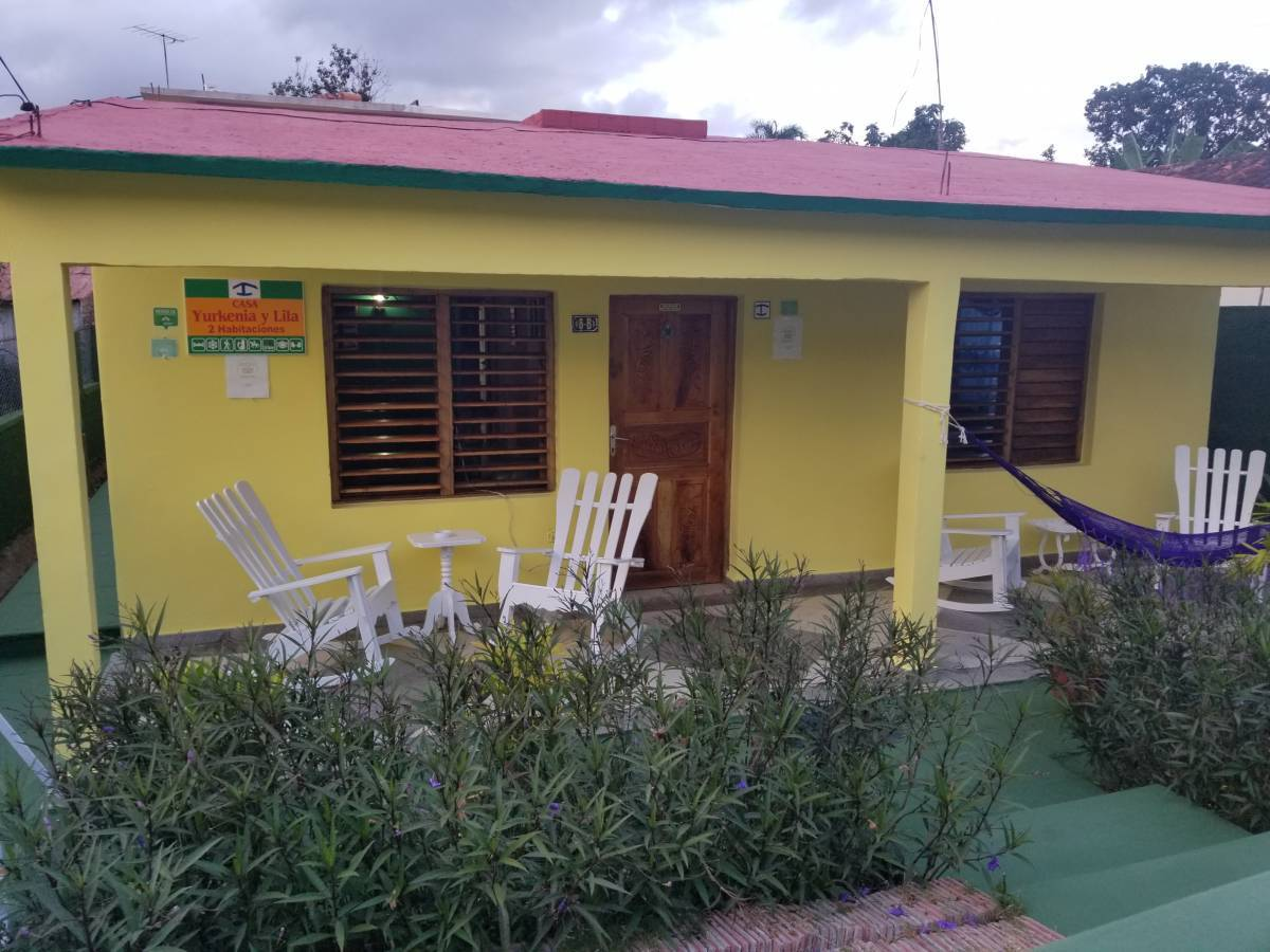 Casa Yurkenia y Lila, Vinales, Cuba, alternative booking site, compare prices then book with confidence in Vinales