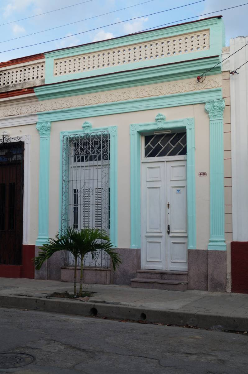 Hostal Las Gemelas, Cienfuegos, Cuba, best travel website for independent and small boutique hostels in Cienfuegos