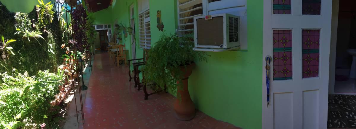 La Casa Verde, Santa Clara, Cuba, how to find affordable travel deals and hostels in Santa Clara