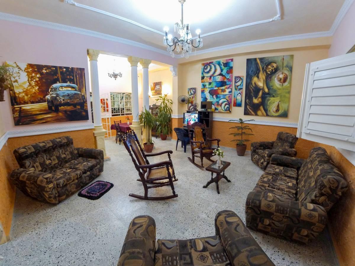 Rikis Hostal, Santa Clara, Cuba, Cuba hostels and hotels