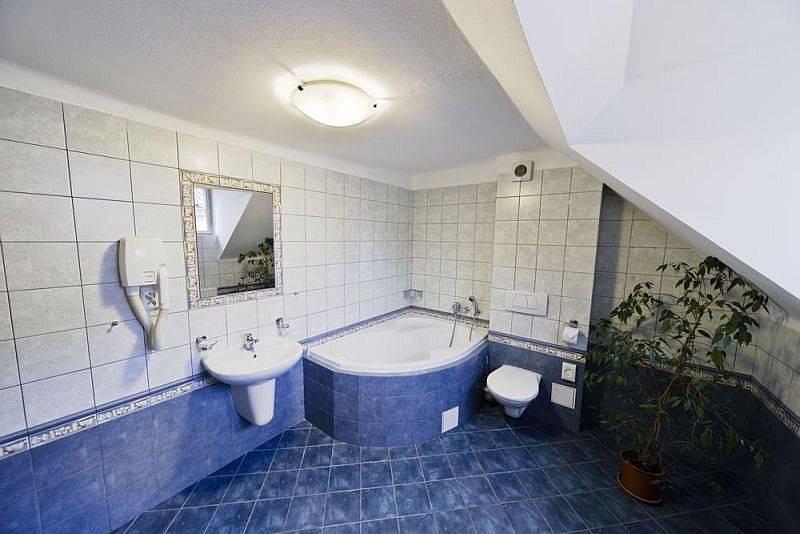 Hostel Mango, Prague, Czech Republic, we offer the best guarantee for low prices in Prague