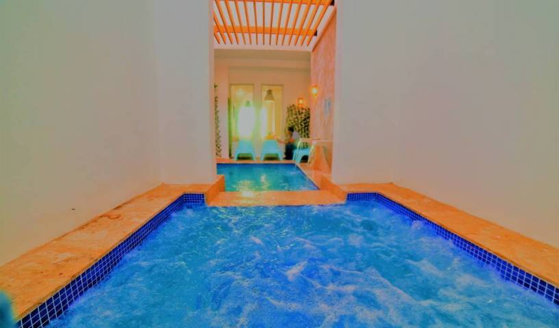 Hotel Boutique Puerto Malecon - Search available rooms and beds for hostel and hotel reservations in Ciudad Nueva, promotional codes available for hostel bookings 39 photos