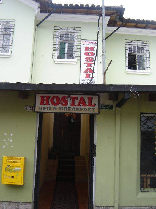 Hostal Sunrise, Quito, Ecuador, Ecuador хостелы и отели