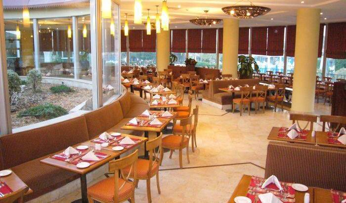 Pyramids Park Resort Cairo, nocľahy s raňajkami 10 fotografie