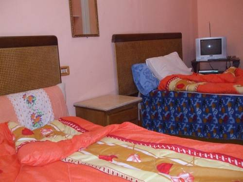 Nubian Hostel, Cairo, Egypt, how to select a bed & breakfast and where to eat in Cairo