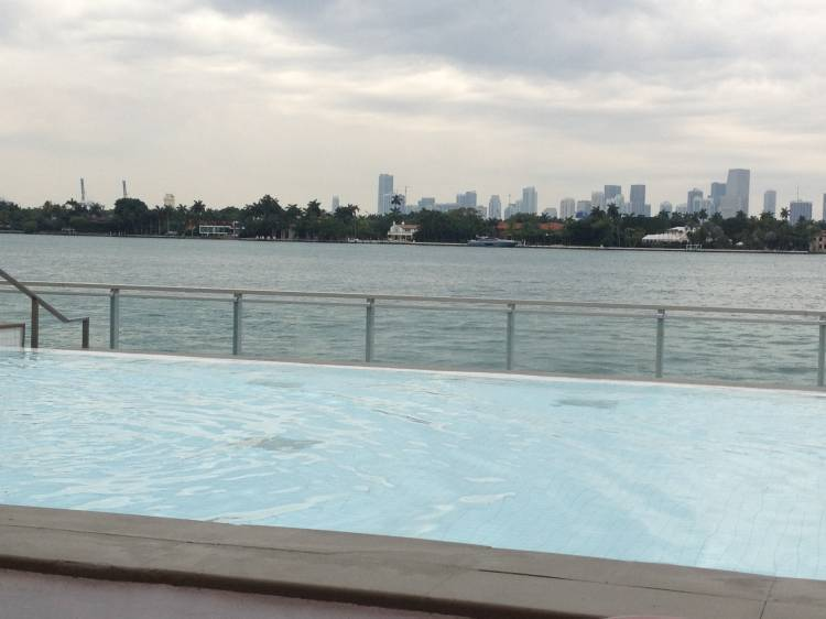 Private Apartment with Pool and WiFi, Miami Beach, Florida, Florida hostels and hotels
