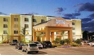 Fairfield Inn and Suites Melbourne - Vyhľadajte voľné izby a garantované nízke ceny v Melbourne, Preferované miesto pre rezerváciu dovolenky 4 fotografie