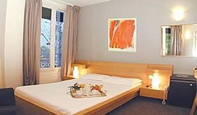 Hotel Du Parc Saint Charles 7 photos