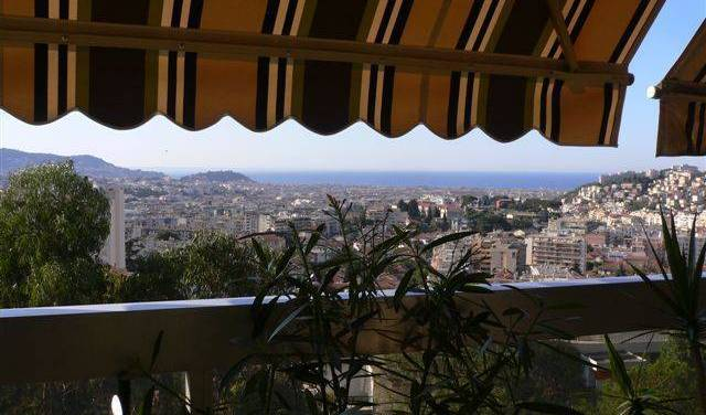 Patou - Get cheap hostel rates and check availability in Nice, backpacker hostel 6 photos