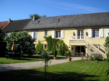 La Naomath, Bayeux, France, what is a youth hostel? Ask us and book now in Bayeux