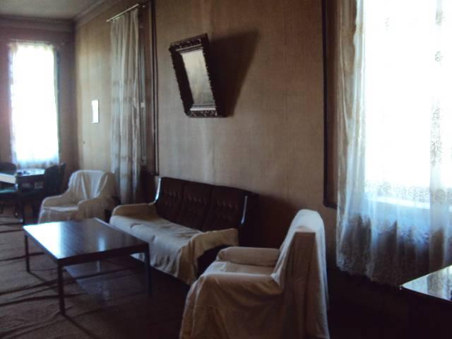 Townhouse Zugdidi, Zugdidi, Georgia Republic, Georgia Republic bed and breakfasts and hotels