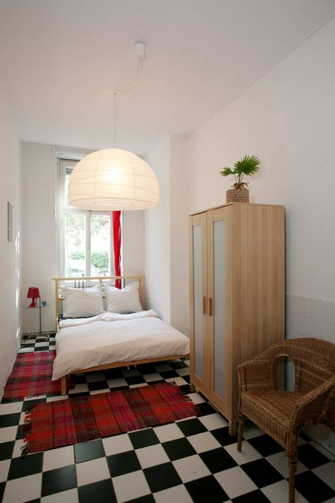 BackpackerBerlin, Berlin, Germany, find the lowest price on the right bed & breakfast for you in Berlin
