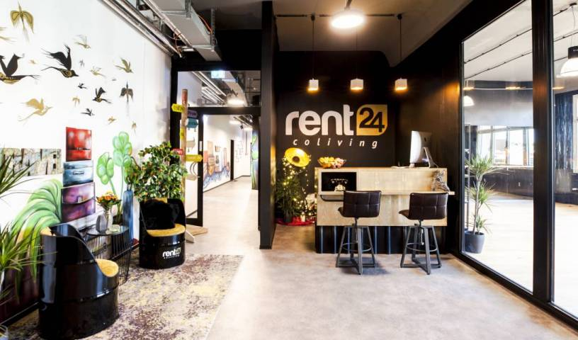 Design Hostel P182 - Search available rooms and beds for hostel and hotel reservations in Berlin, backpacker hostel 1 photo