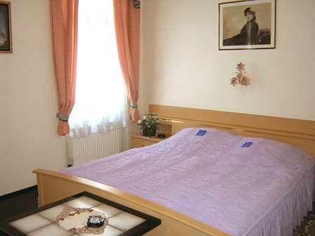 Hotel Garni Djaran, Offenbach, Germany, give the gift of travel in Offenbach