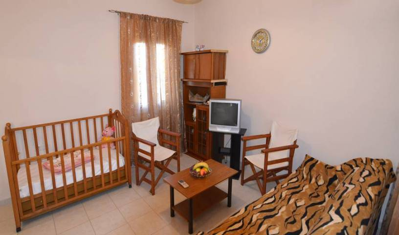 Dimitra Apts Zakros - Get cheap hostel rates and check availability in Siteia 6 photos