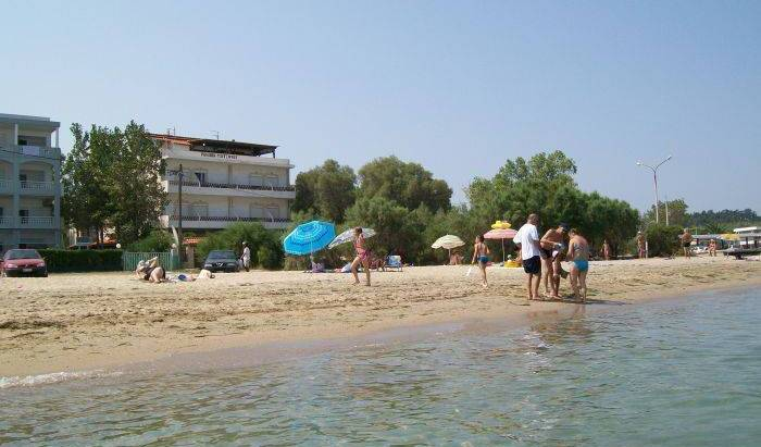 Hostel Pension Tzitzifies - Search available rooms and beds for hostel and hotel reservations in Thessaloniki 18 photos