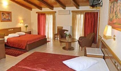 Parnassos Hotel, backpacker hostel 4 photos