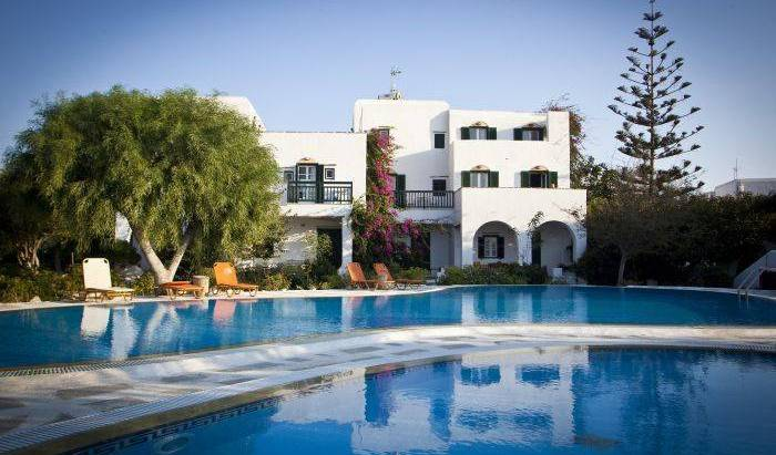 Something Else Apartments - Search available rooms and beds for hostel and hotel reservations in Agios Prokopios (Naxos) 9 photos