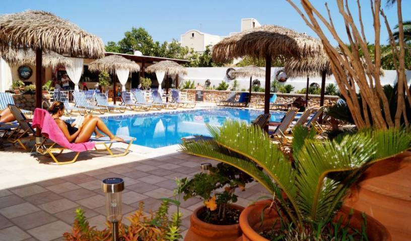 Villa Angira - Search for free rooms and guaranteed low rates in Nisos Thira, holiday vacations, book a hostel in Perissa, Greece 15 photos