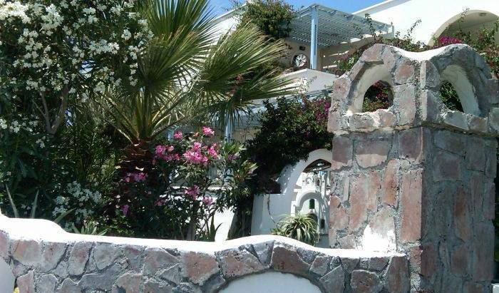 Villa Zinovia - Search available rooms and beds for hostel and hotel reservations in Santorini 17 photos