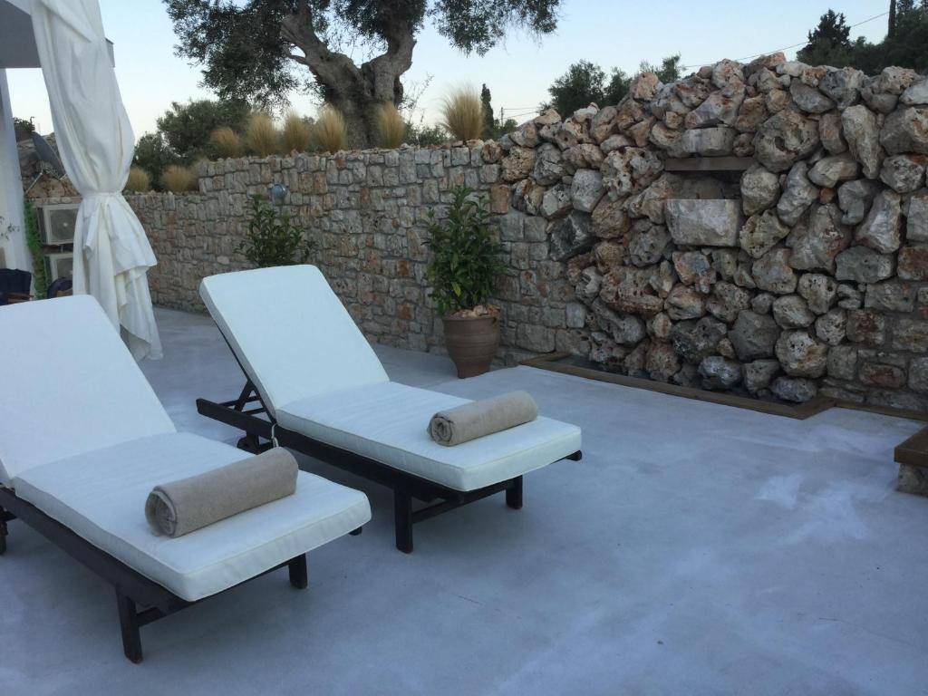 Dion Suite, Zakynthos, Greece, travel locations with bed & breakfasts and hotels in Zakynthos