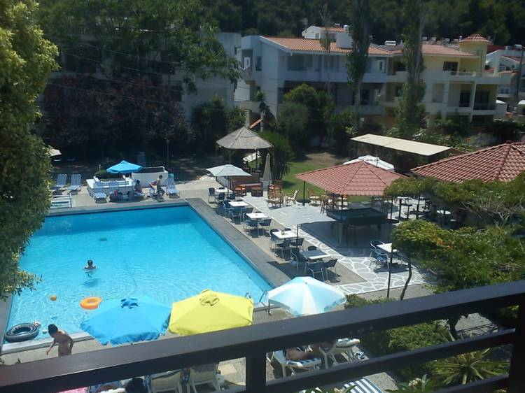 Sunny Days Pool Bar Hotel, Rodos, Greece, search for hostels, low cost hotels B&Bs and more in Rodos