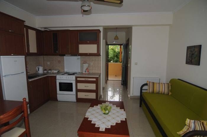 Villa Meliti, Lefkada, Greece, youth hostels for the festivals in Lefkada