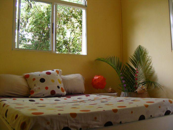 E.gwada Youth Hostel, Le Gosier, Guadeloupe, find me the best bed & breakfasts and places to stay in Le Gosier