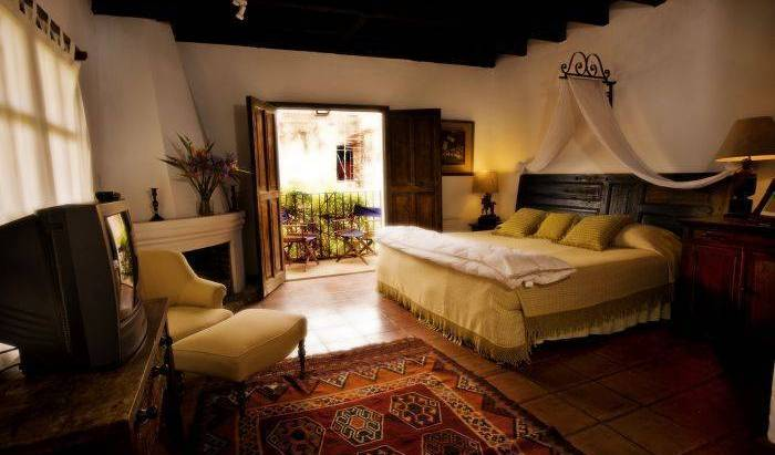 Casa Capuchinas - Get cheap hostel rates and check availability in Antigua Guatemala, youth hostel 7 photos