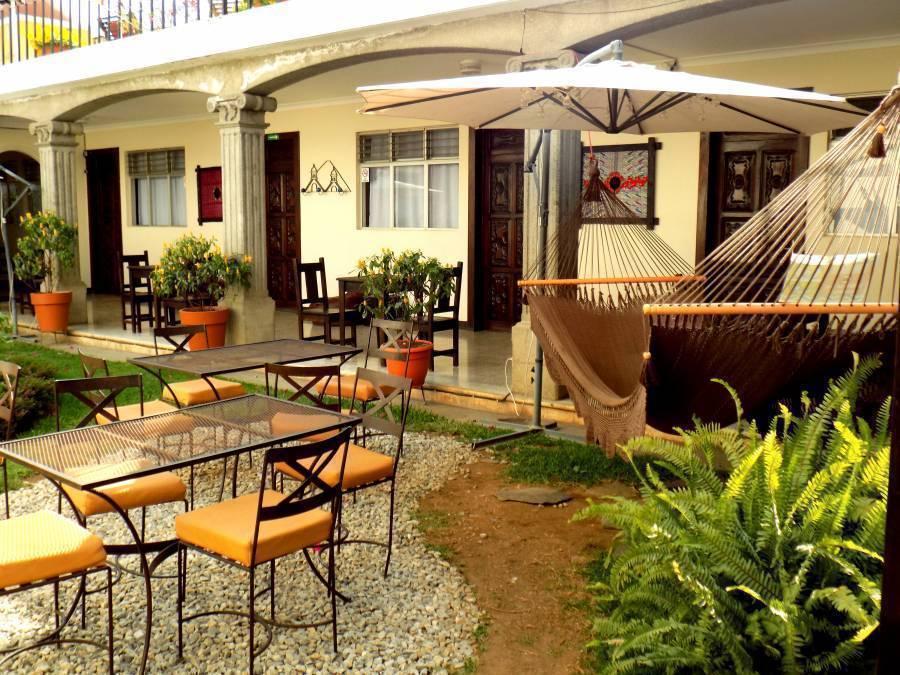 Hostal Posada de San Carlos, Antigua Guatemala, Guatemala, Guatemala bed and breakfast e alberghi