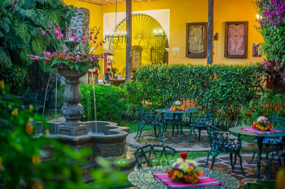 Hotel Casa Antigua, Antigua Guatemala, Guatemala, bed & breakfasts for christmas markets and winter vacations in Antigua Guatemala