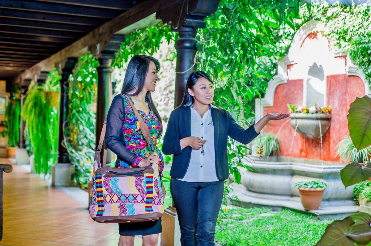 Hotel Meson del Valle, Antigua Guatemala, Guatemala, hostels for world travelers in Antigua Guatemala