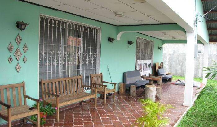Honduras Guest House - Search available rooms and beds for hostel and hotel reservations in La Ceiba 9 photos