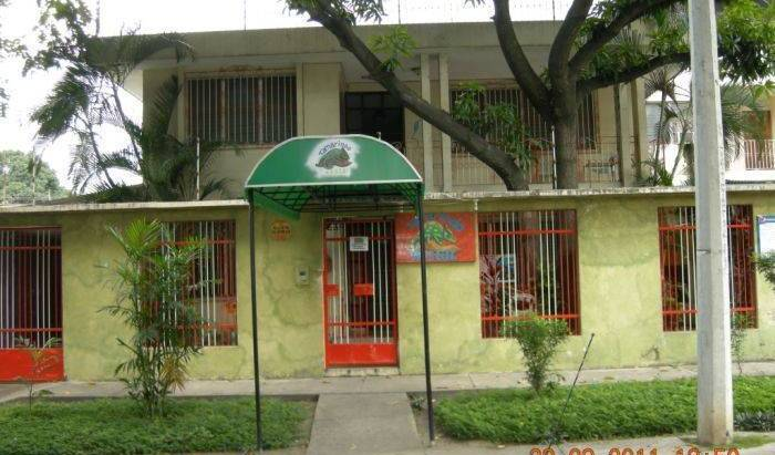 Tamarindo Hostel - Search available rooms and beds for hostel and hotel reservations in San Pedro Sula, backpacker hostel 38 photos