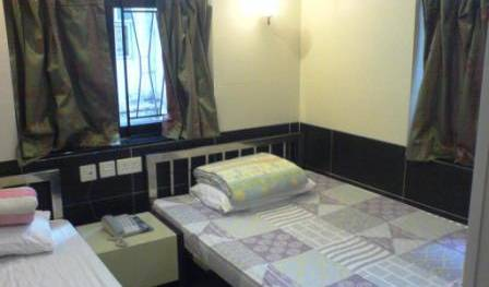 Apple Hostel - Search available rooms and beds for hostel and hotel reservations in Tsim Sha Tsui, youth hostels in historic towns 17 photos