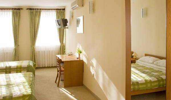 Hotel Ferihegy - Search available rooms and beds for hostel and hotel reservations in Budapest 16 photos