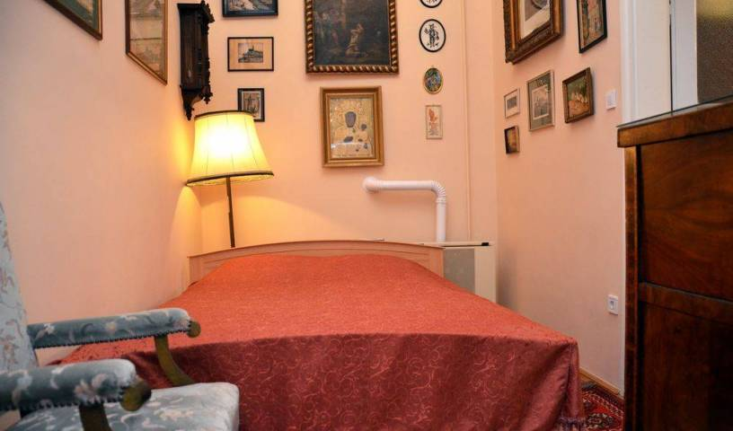 Opera House Residence - Search available rooms and beds for hostel and hotel reservations in Budapest 14 photos