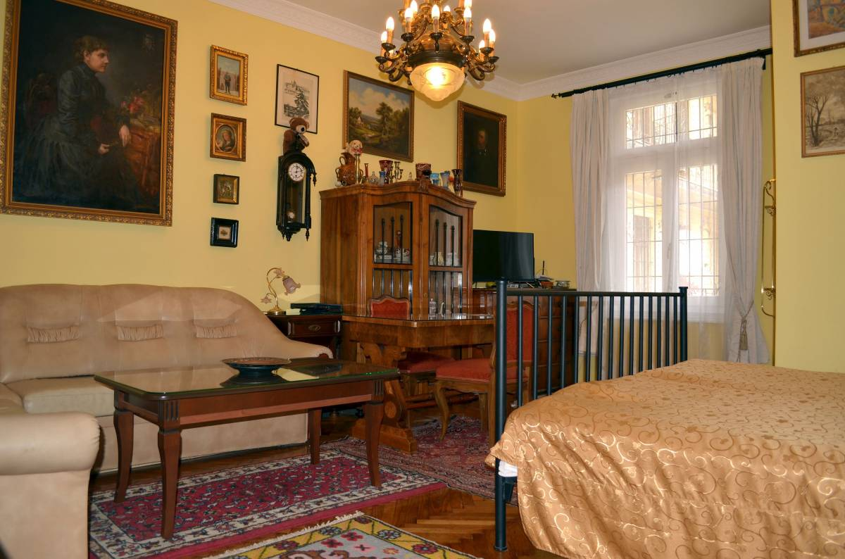 Mozart Apartment Budapest Apartment In Budapest Reserve The Best Prices With A Low Price Guarantee At B Bs In Budapest Find Activities And Things To Do Near Your Bed Breakfast