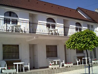 Muller's Inn, Siofok, Hungary, what are the safest areas or neighborhoods for bed & breakfasts in Siofok