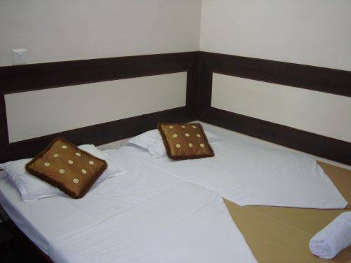 Alpine Park, Gurgaon, India, bed & breakfasts with hot tubs in Gurgaon