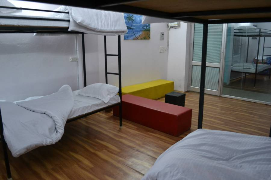 Backpacker's Nest, Amritsar, India, we compete with the world's best travel sites, book the guaranteed lowest prices in Amritsar