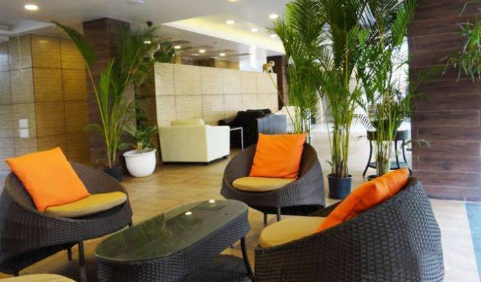 Corporate Stay - Search for free rooms and guaranteed low rates in Pune 6 photos
