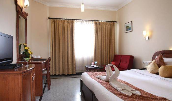 Grand Palace Hotel and Spa -  Yercaud, bed & breakfasts for road trips 6 photos