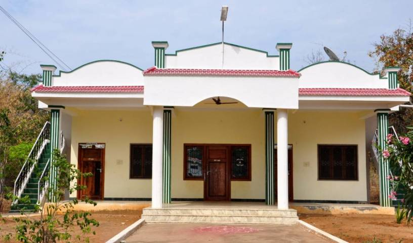 Hogenakkal Falls Cauvery Guest House - Search for free rooms and guaranteed low rates in Dharmapuri 4 photos
