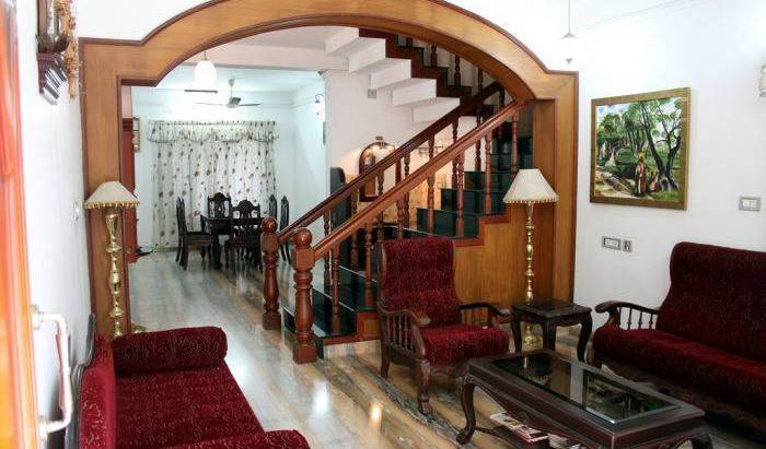 Homested - Get cheap hostel rates and check availability in Cochin 12 photos