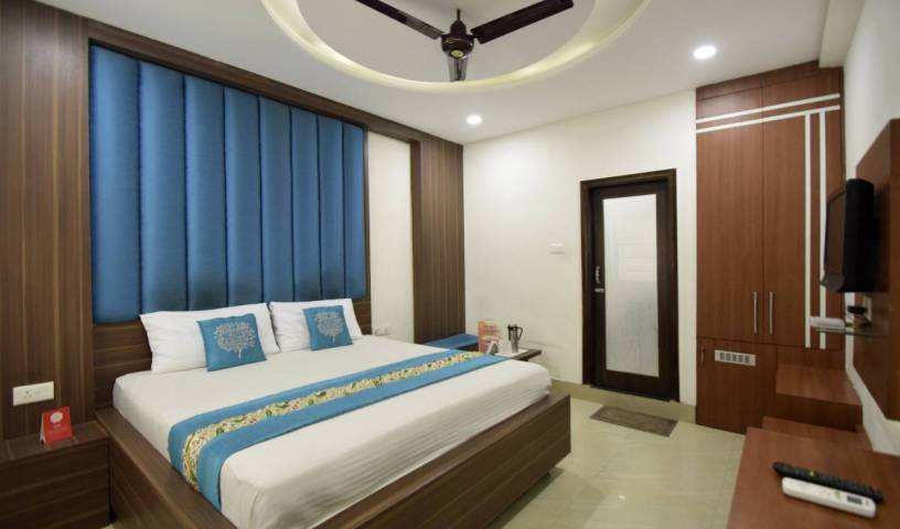 Hotel Atlantic - Search available rooms and beds for hostel and hotel reservations in Alwar, backpacker hostel 20 photos