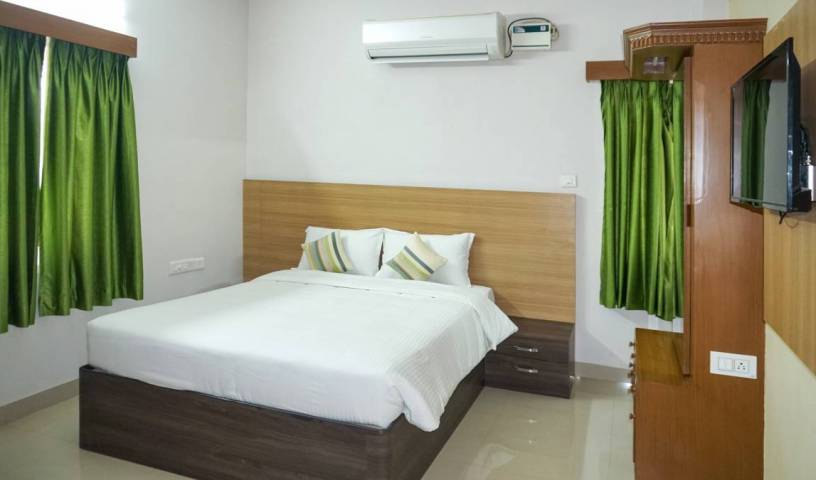 Hotel Cts Inn - Search available rooms and beds for hostel and hotel reservations in Tiruchchirappalli, savings on hostels in Tamil N?du, India 1 photo