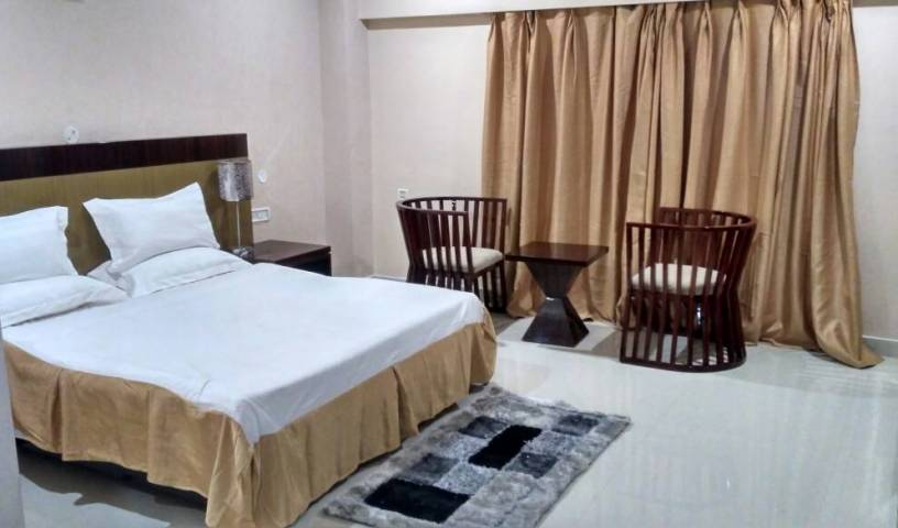 Hotel Grand Palace - Search available rooms and beds for hostel and hotel reservations in Jorhat 7 photos