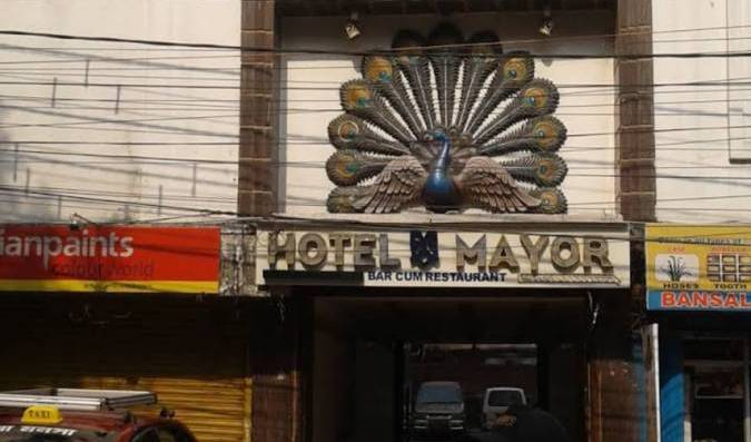 Hotel Mayor - Search available rooms and beds for hostel and hotel reservations in Shiliguri 2 photos